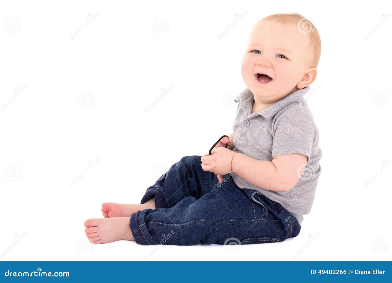 Download Lustiges Wenig Babykleinkindlachen Lokalisiert Auf Weiß Stockfoto - Bild von freude, jeans: 49402266