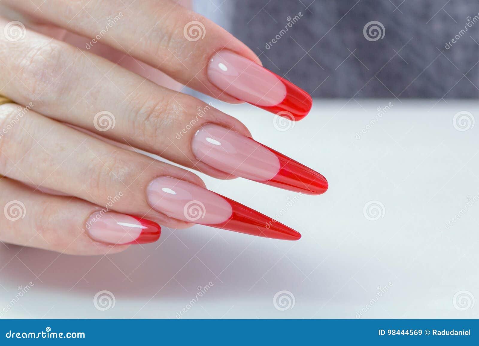 Lustrador de prego Art Manicure Verniz para as unhas preto vermelho do inclinação do estilo moderno Mãos da beleza com os pregos