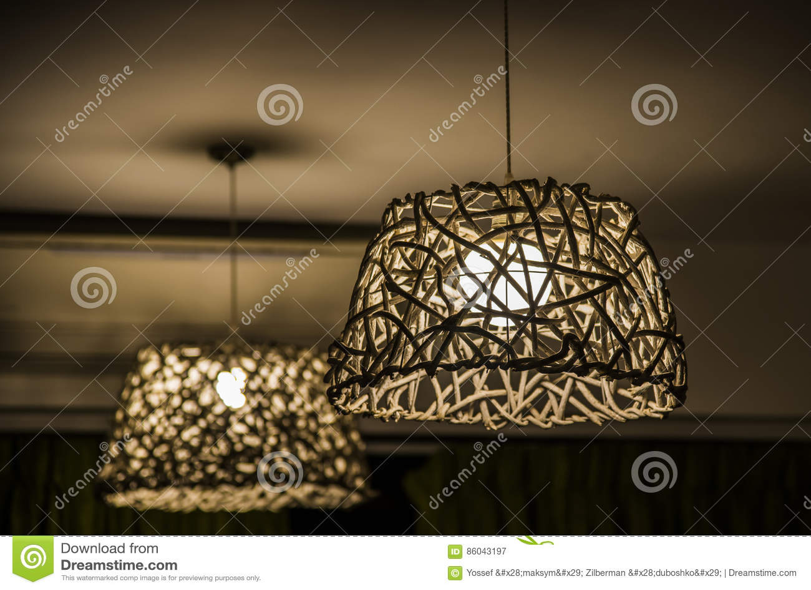 Download lustre en osier fait de bois image stock image du accessoire meubles