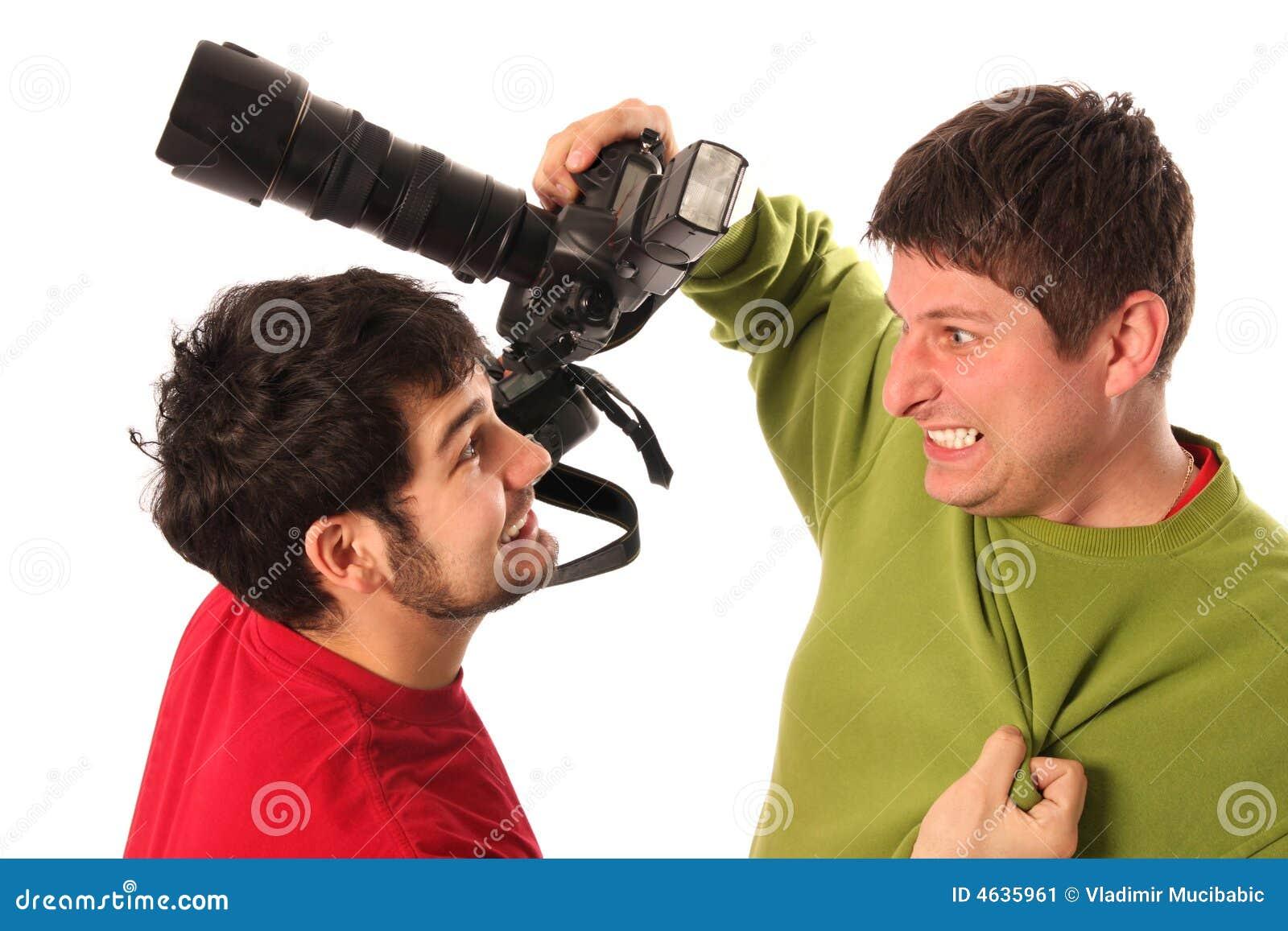 Luta profissional de dois fotógrafo