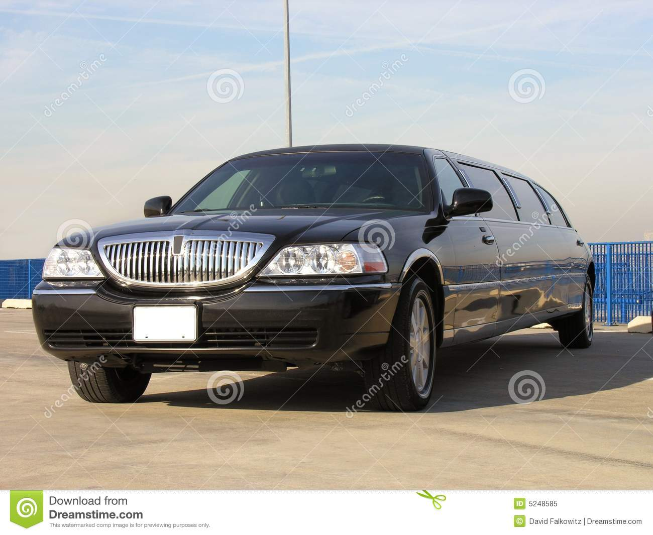 Luxe Lincoln Limo