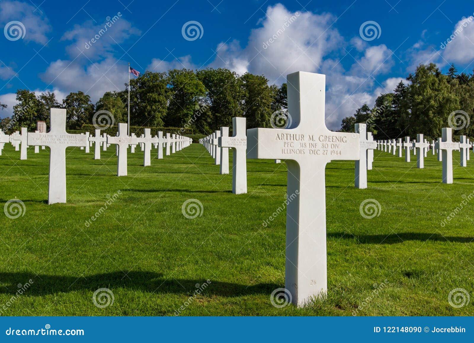 LUXEMBURG - 8 augustus, 2014 - wordt meer dan 5.000 Amerikanen begraven in de Amerikaanse Begraafplaats van Luxemburg met inbegri