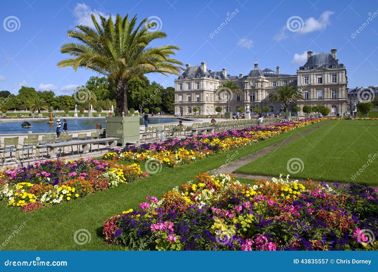 Luxemburg palast in jardin du luxemburg in paris for Grosartig grafgarten