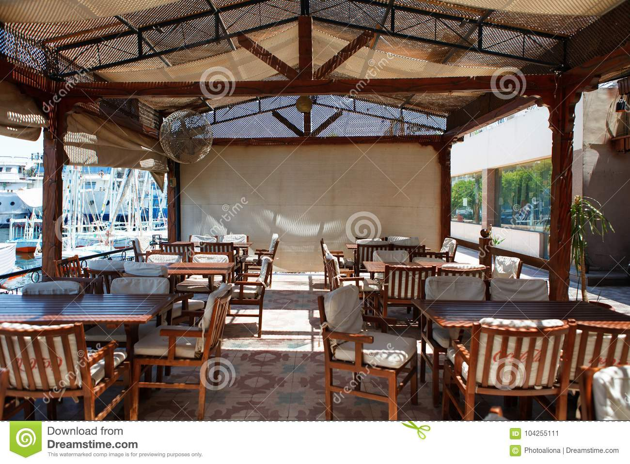 Luxor Egypt 12 August 2014 Outdoor Restaurant And Beach At The River Bank Stock Image Image Of Architecture Interior 104255111