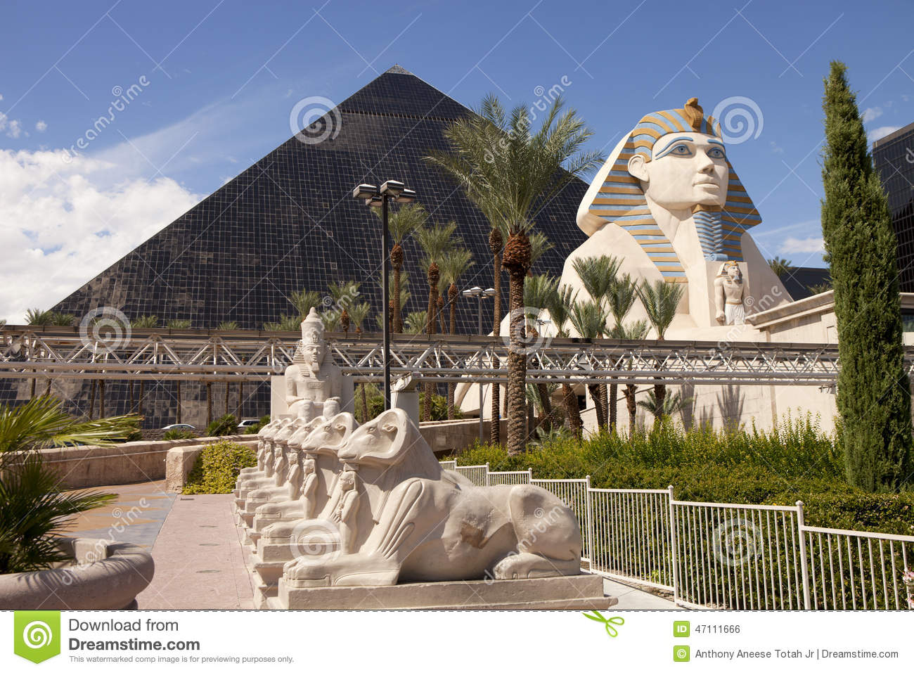 Luxor Hotel And Casino In Las Vegas Nevada Editorial Photo Image 47111666