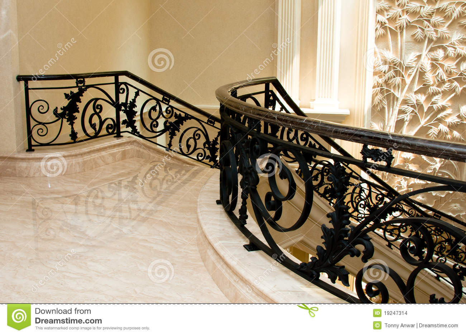 Luxueuze marmeren trap stock afbeeldingen afbeelding 19247314 - Railing trap ontwerp ...