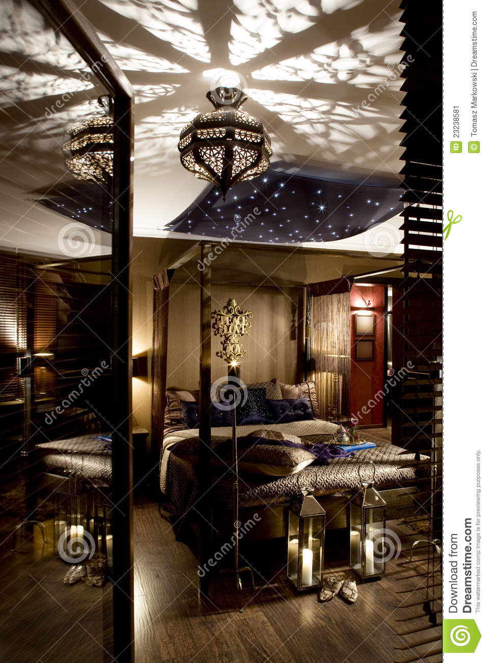 luxueuze oosterse slaapkamer stock afbeelding afbeelding 23238581. Black Bedroom Furniture Sets. Home Design Ideas