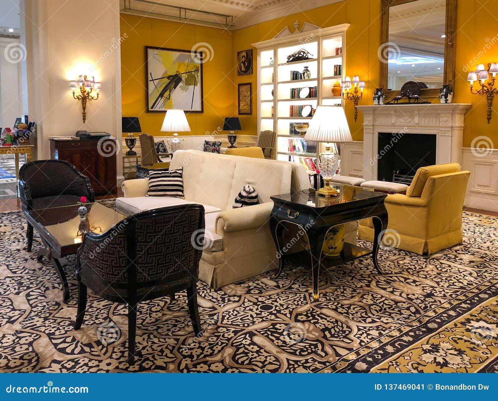 Strange Luxurious Hotel Lobby Interior Of Ritz Carlton Tianjin Download Free Architecture Designs Crovemadebymaigaardcom