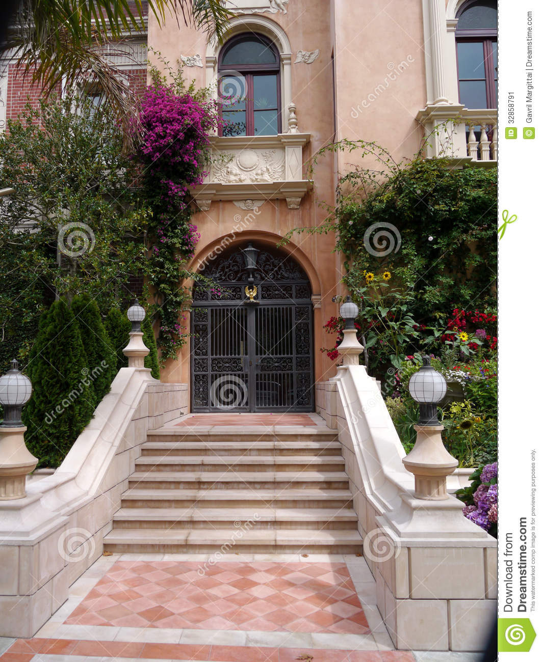 Luxurious House Entrance Stock Image Image Of Green