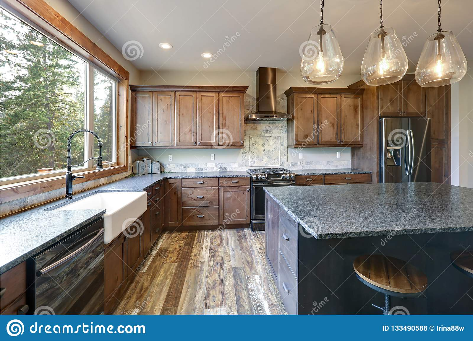Luxurious Open Plan Kitchen Design With Large Center Island Stock Photo Image Of Counter Country 133490588