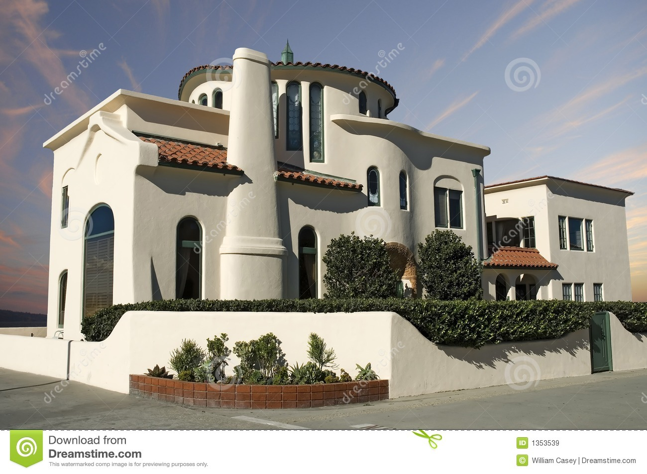 Luxury adobe home royalty free stock images image 1353539 for Free luxury home images