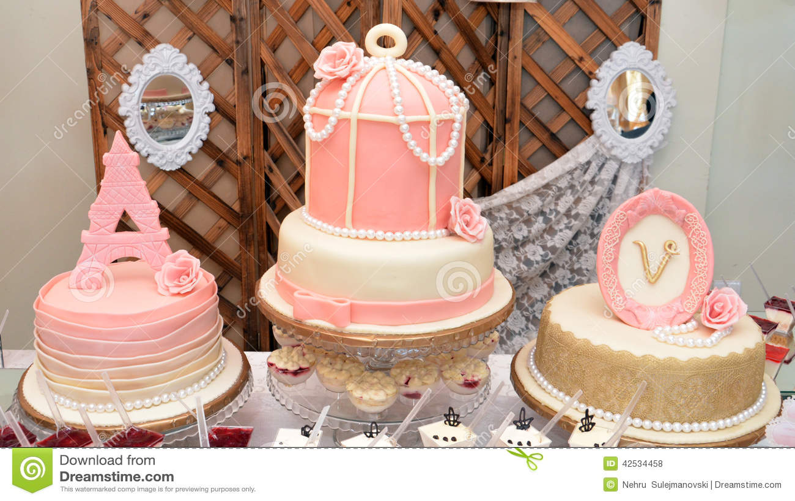Wedding Cake Editorial Uk