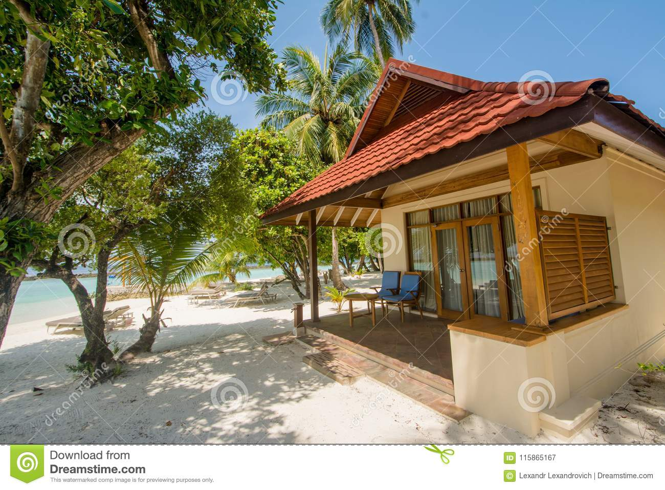 Tropical Island Beach House: Luxury Beautiful Small House On The Beach Located At The