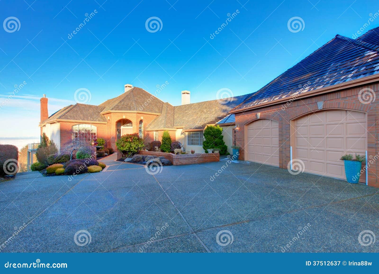 Luxury Brick House Royalty Free Stock Photography Image