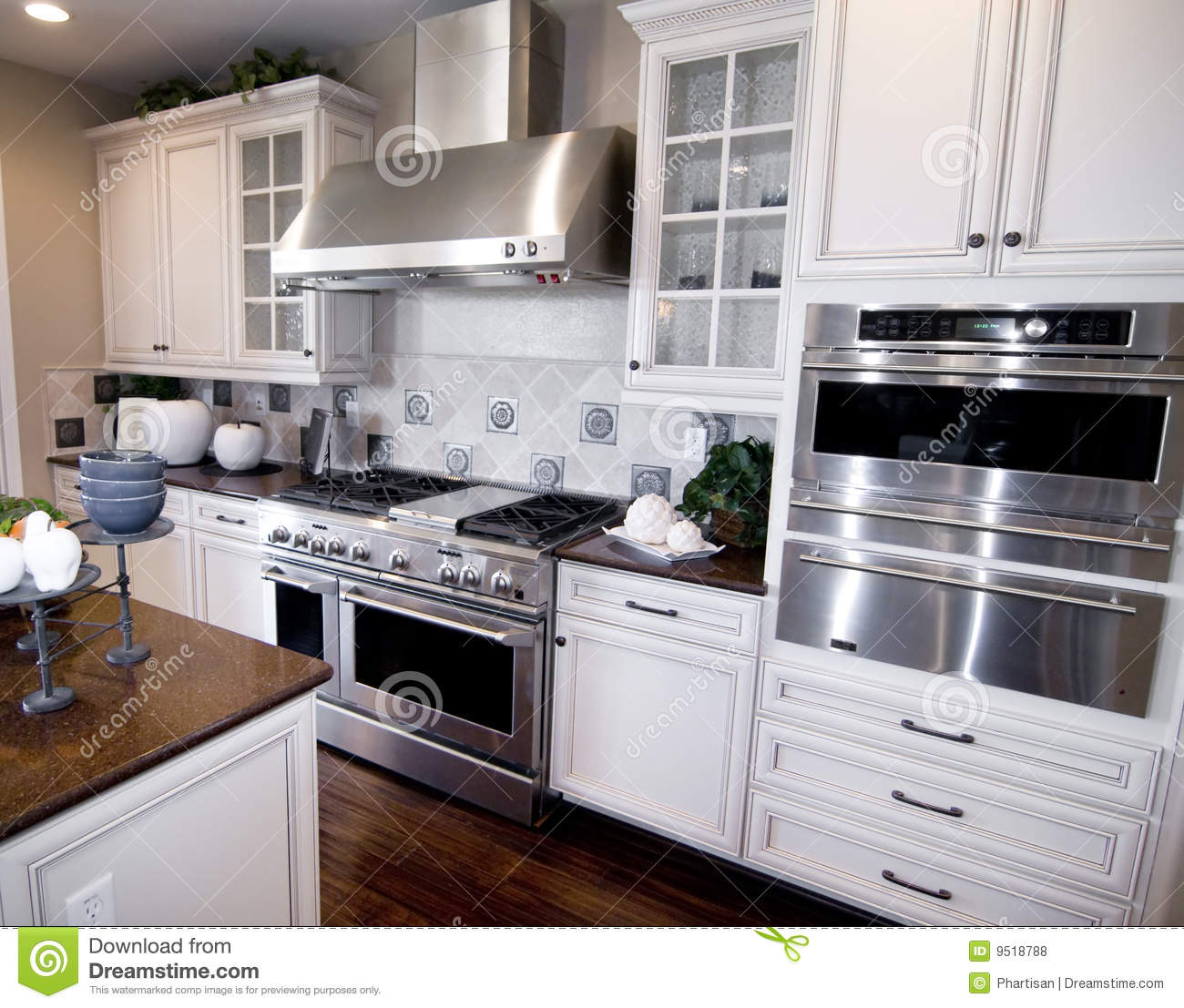Orange Kitchen Room With White Cabinets Stock Image: Luxury Custom Built Kitchen Royalty Free Stock Photos