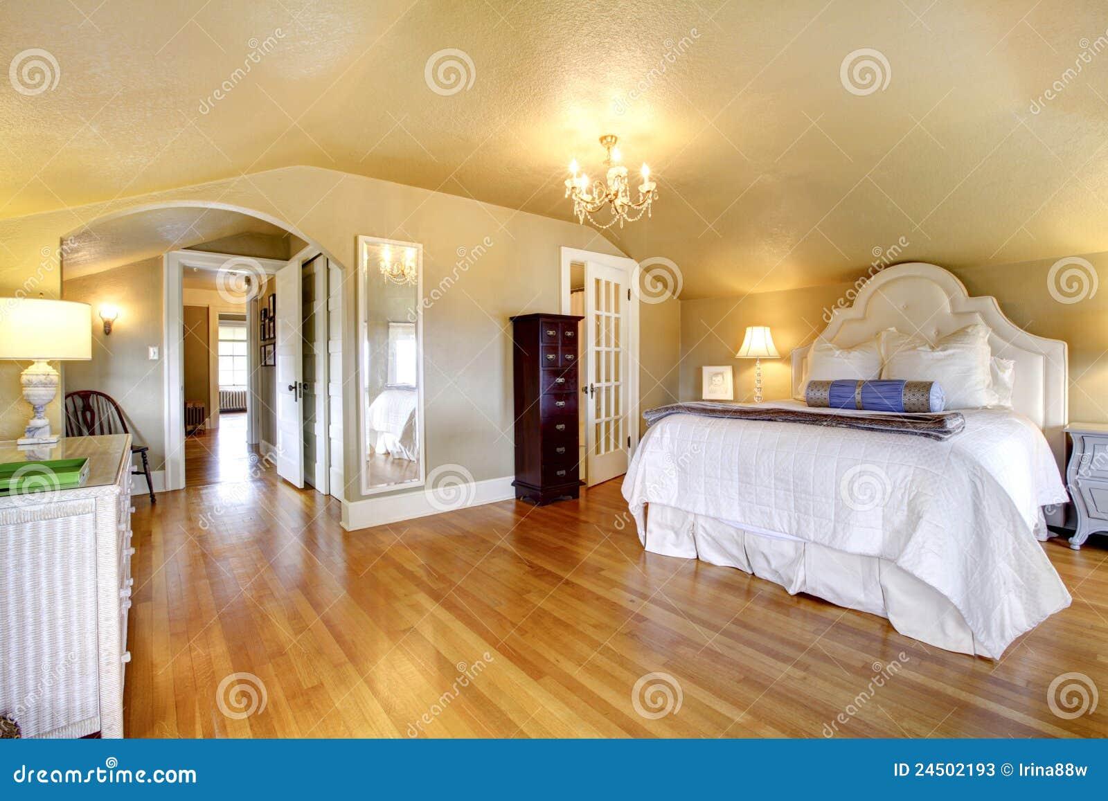 Luxury Elegant Gold Bedroom Interior Stock Image - Image of ...