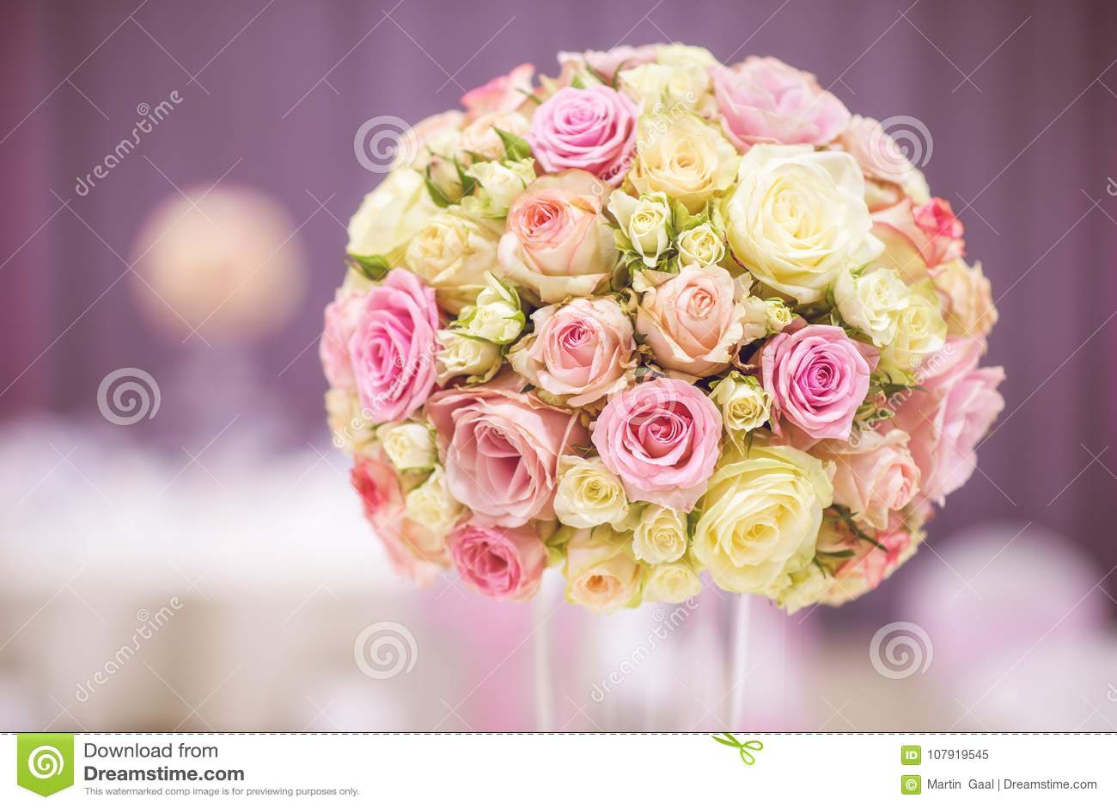 Luxury Floral Arrangement For Wedding Reception, Roses Flower ...