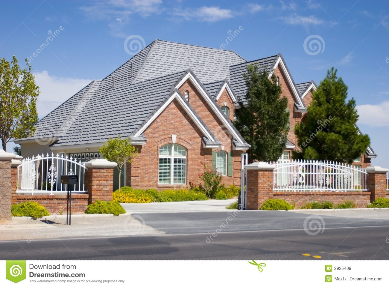Luxury home royalty free stock photos image 2925408 for Free luxury home images