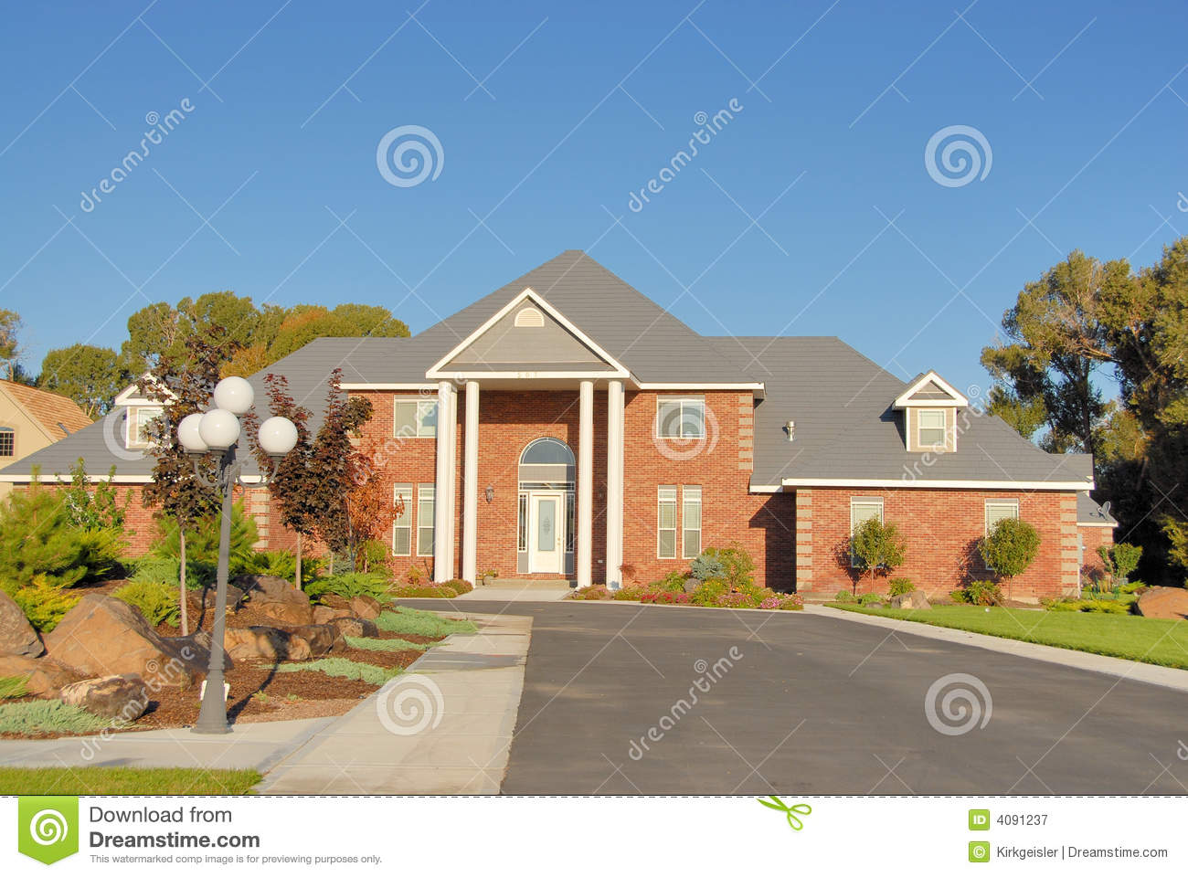 Luxury home royalty free stock photography image 4091237 for Free luxury home images