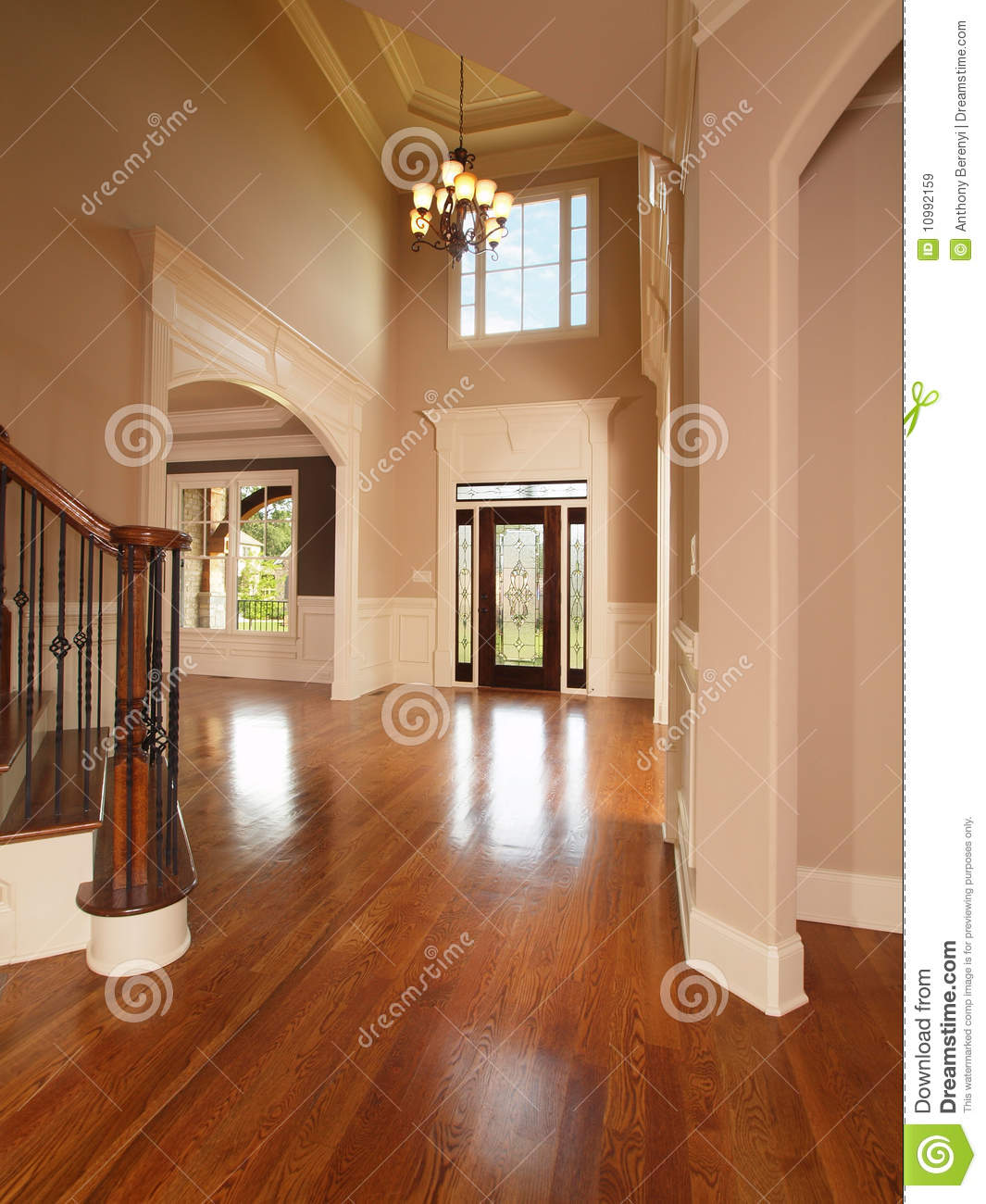 Luxury Home Entrance Way Royalty Free Stock Images Image 10992159