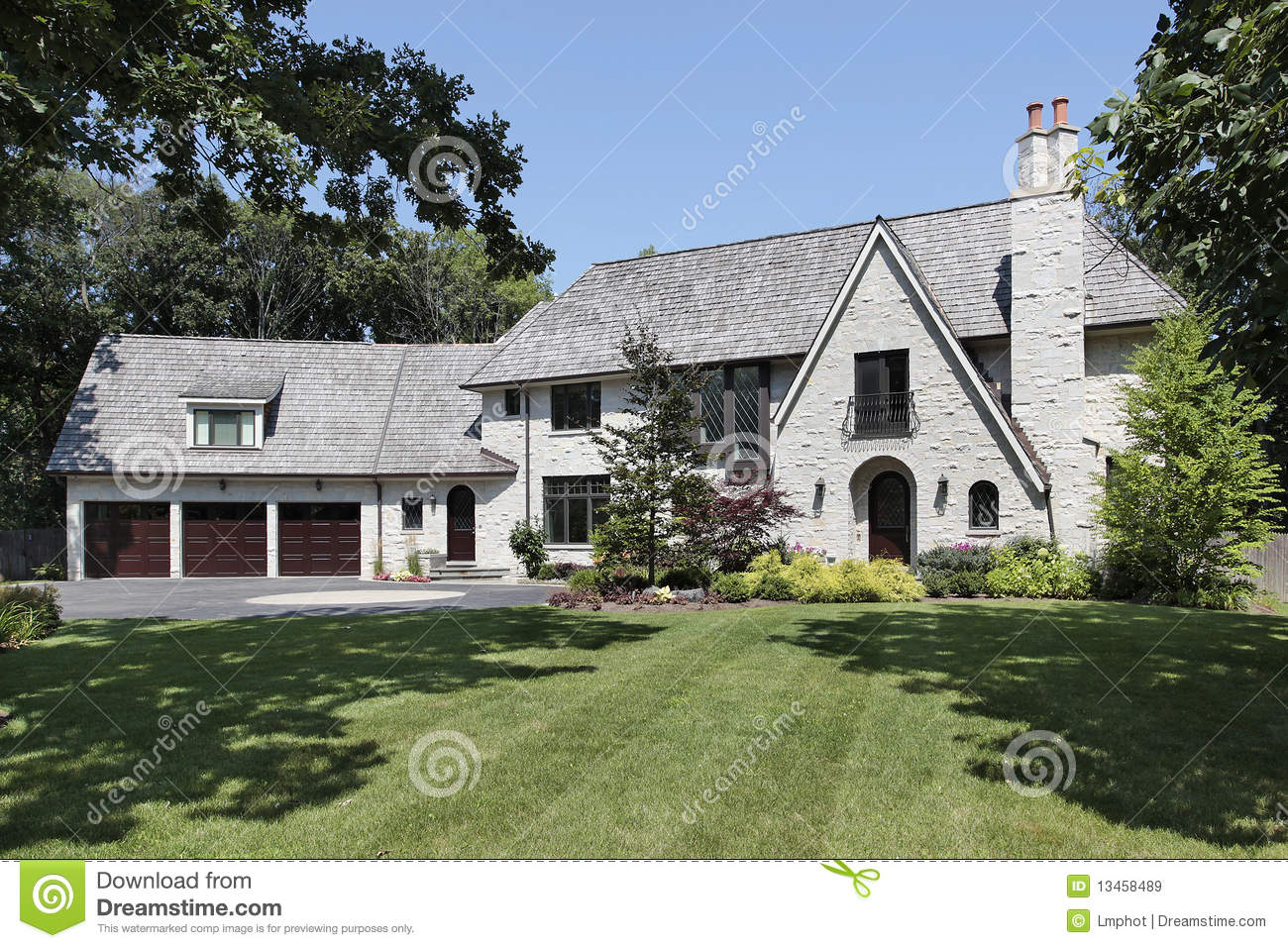 Luxury home with three car garage stock image image for 3 car garage home
