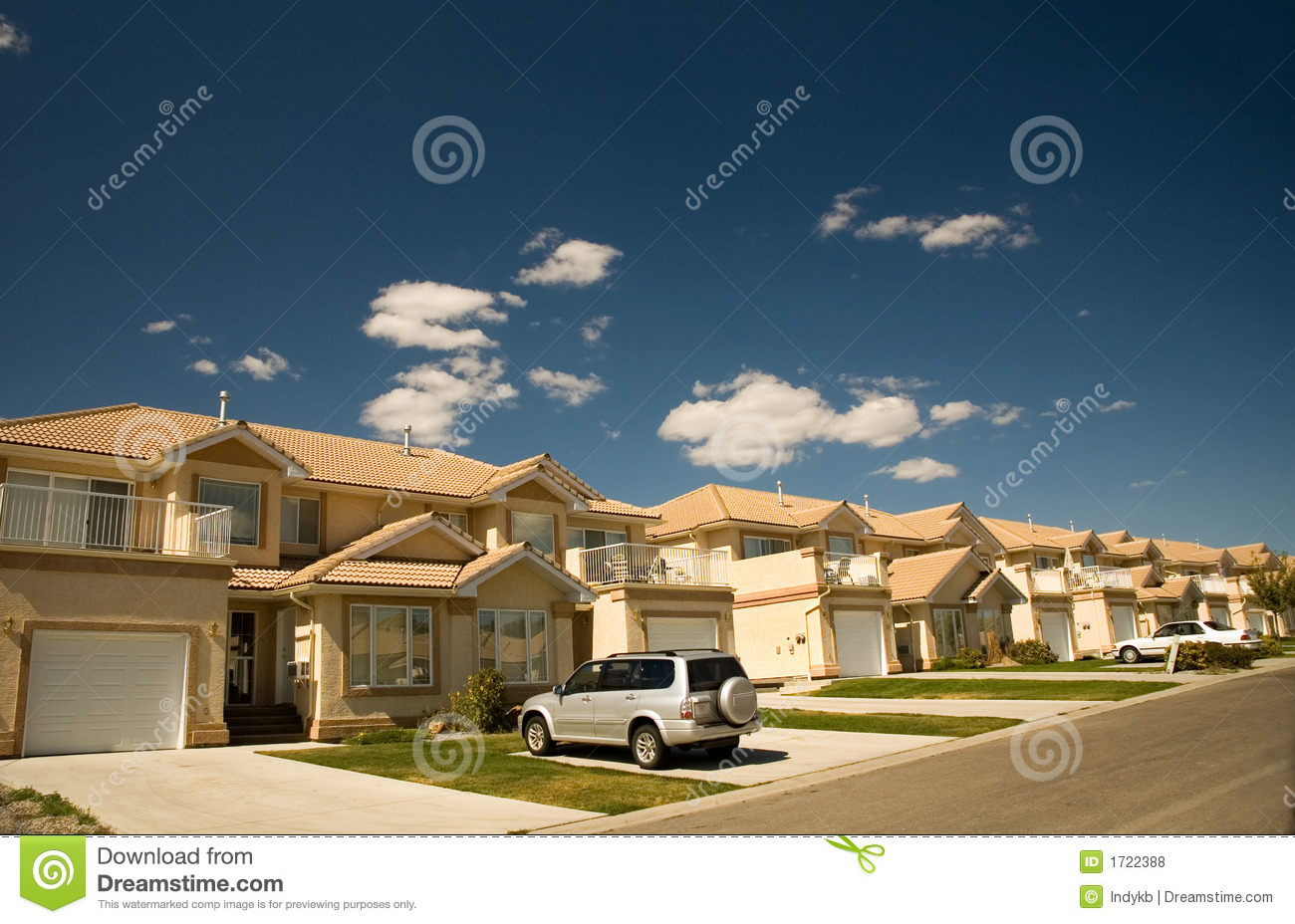 Luxury homes royalty free stock photos image 1722388 for Free luxury home images