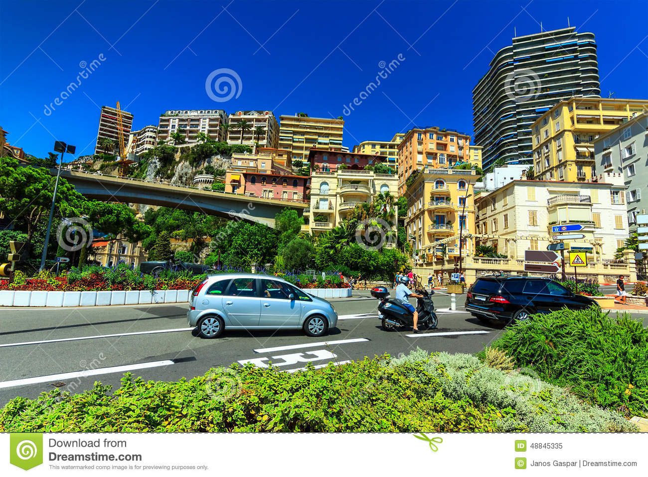 Luxury homes and apartments in monte carlo monaco europe for Monaco homes