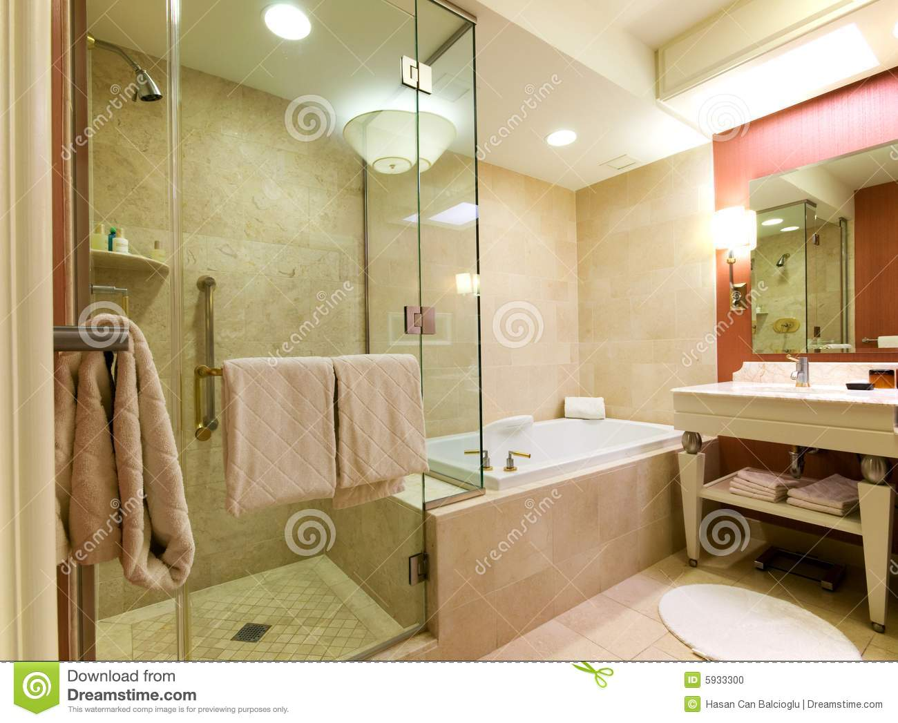 Luxury hotel bathroom stock photo image of bathtub high - Cuartos de bano vintage ...