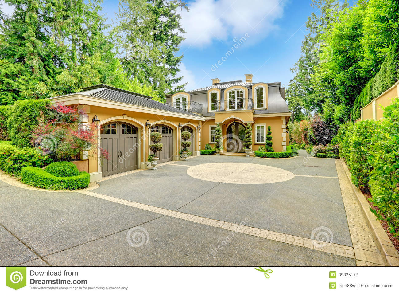 Luxury house royalty free stock photo for Free luxury home images