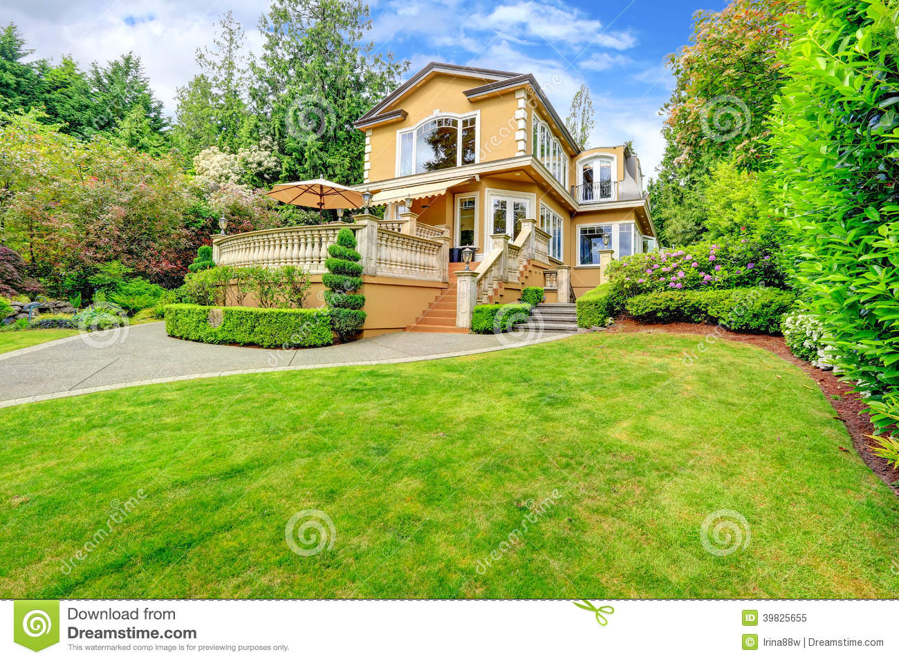 Luxury house exterior stock image image of entrance for Luxury home exterior