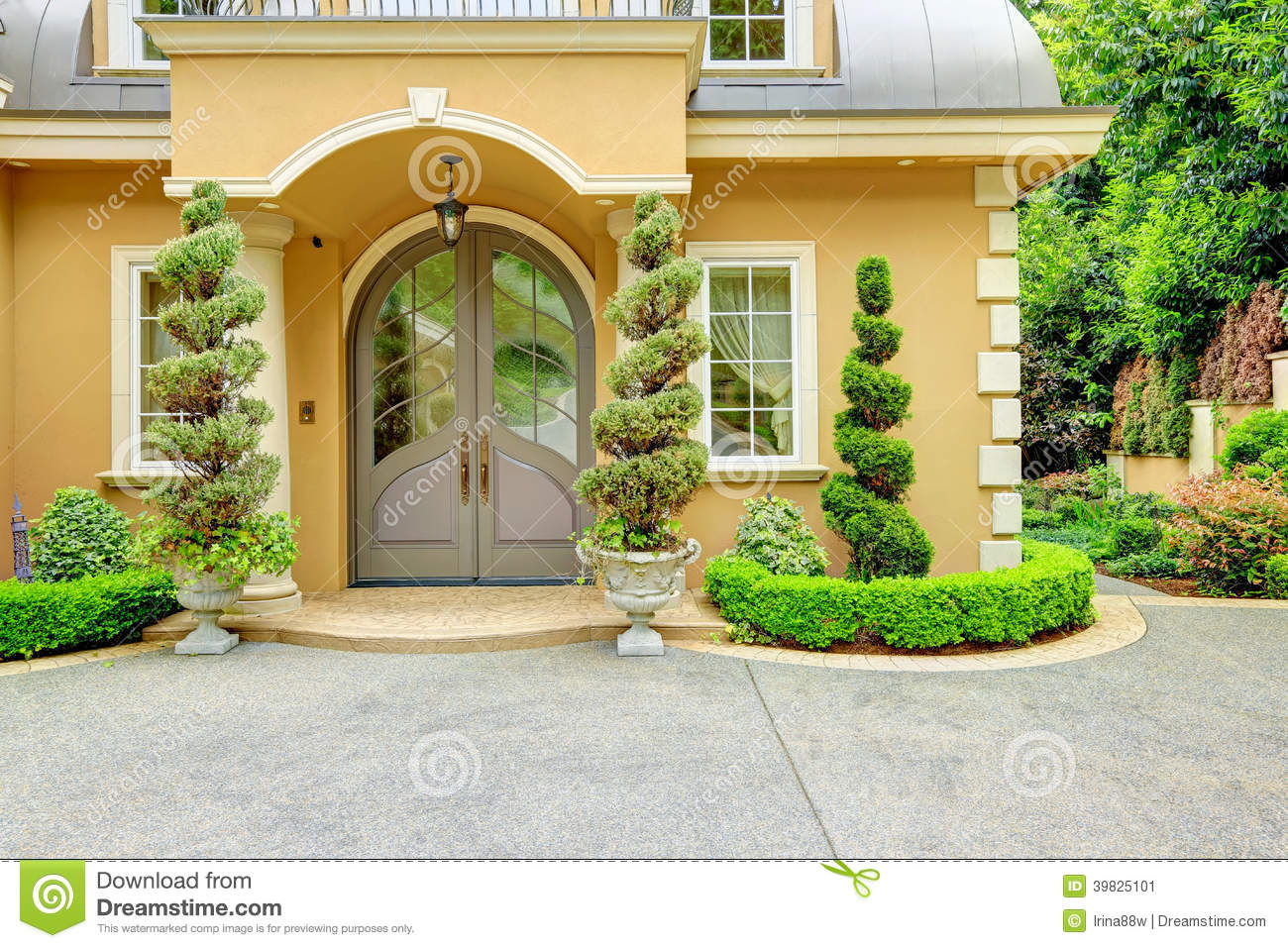 royalty free stock photo download luxury house exterior - Luxury House Exterior
