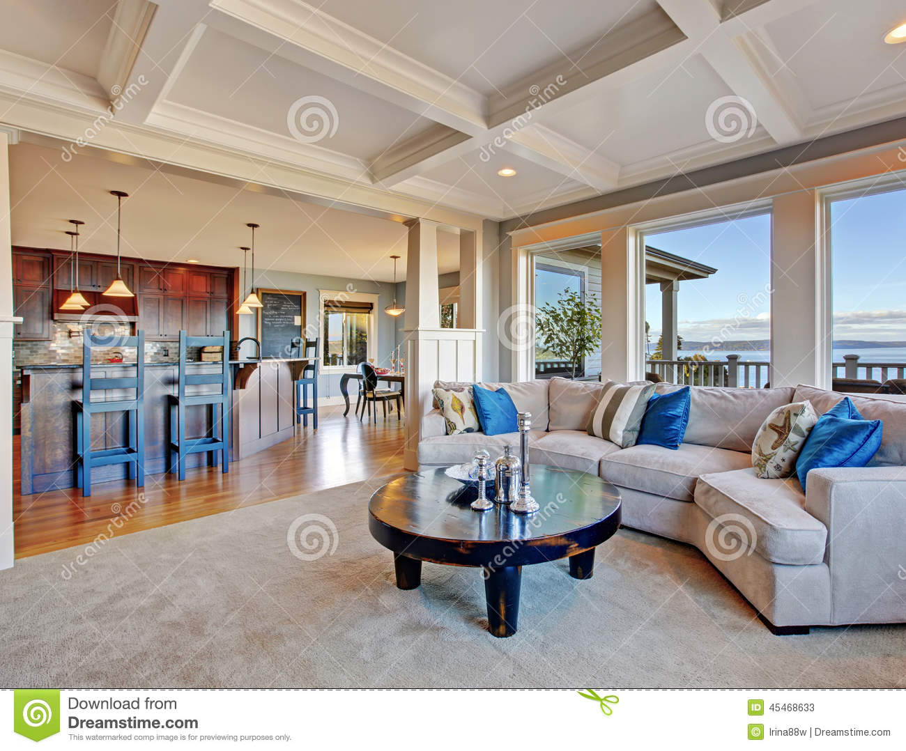 Luxury house with open floor plan coffered ceiling for Luxury floor