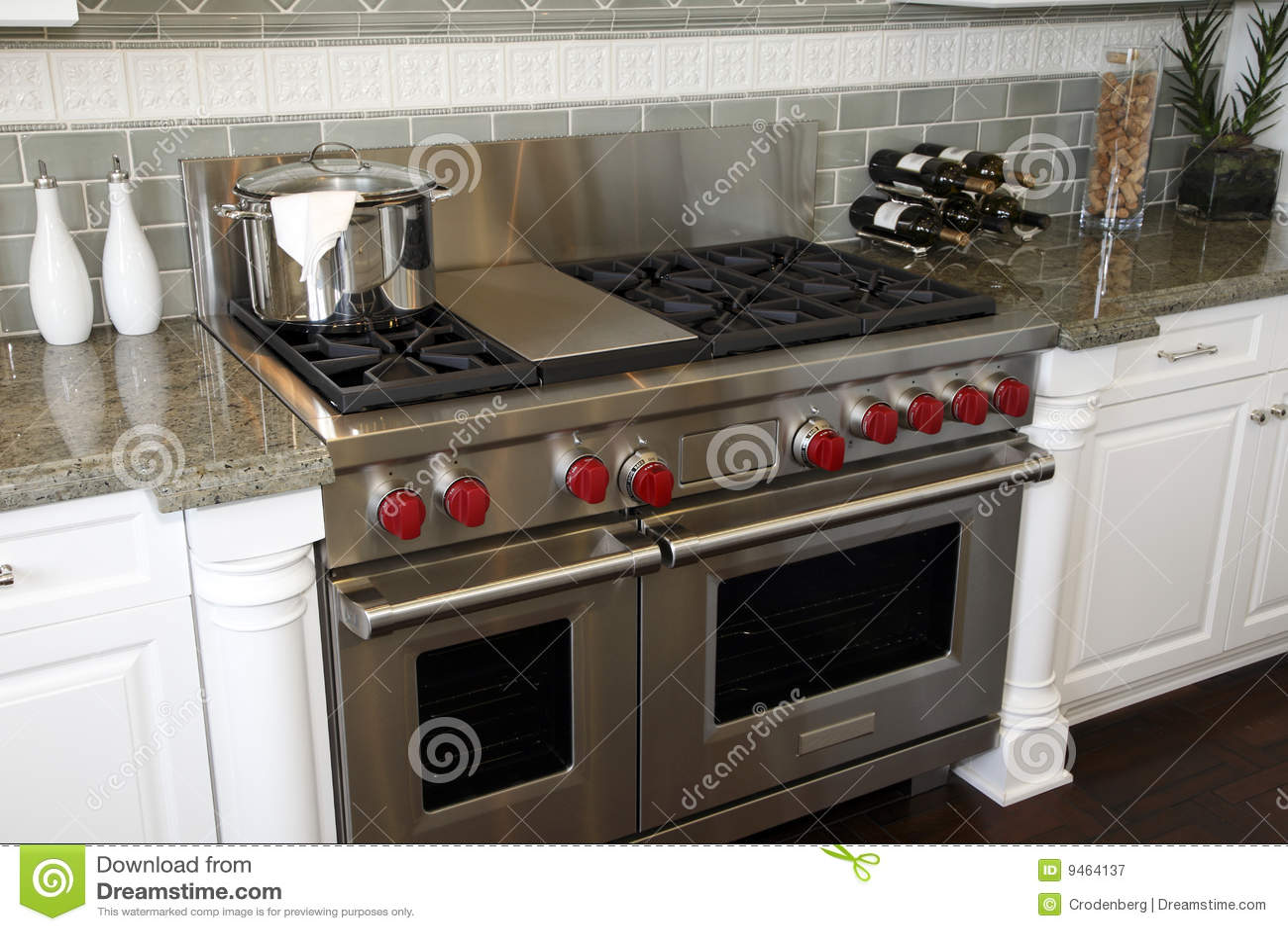 Upscale Kitchen Appliances Luxury Kitchen Stove Royalty Free Stock Photography Image 9464137