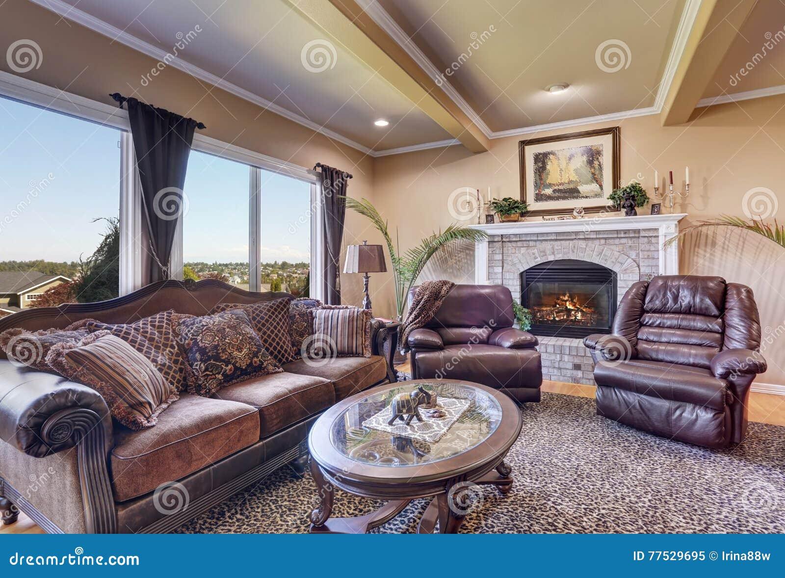 Luxury Living Room With Elegant Vintage Furniture Stock