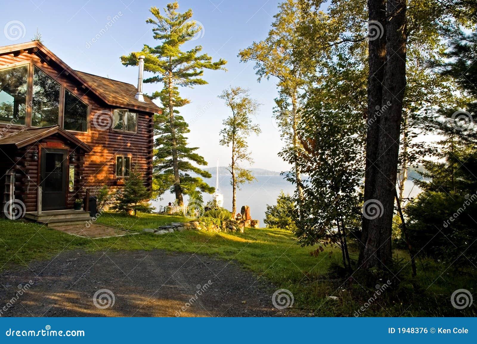 Log cabin on a lake royalty free stock photography image 7866317 - Luxury Log Cabin On A Lake Royalty Free Stock Image