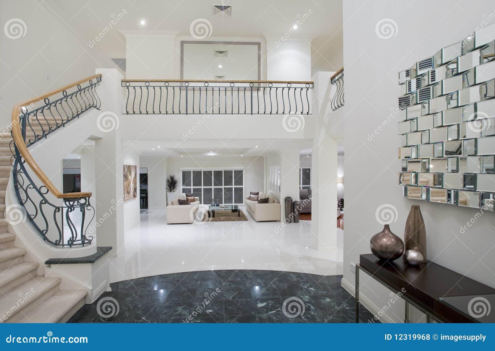 Luxury Mansion Hallway Royalty Free Stock Photos - Image: 12319968