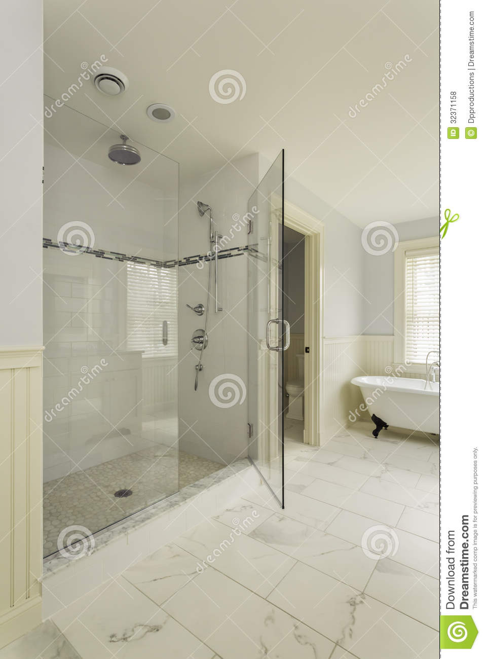Luxury Master Bathroom With Enclosed Glass Shower Stock