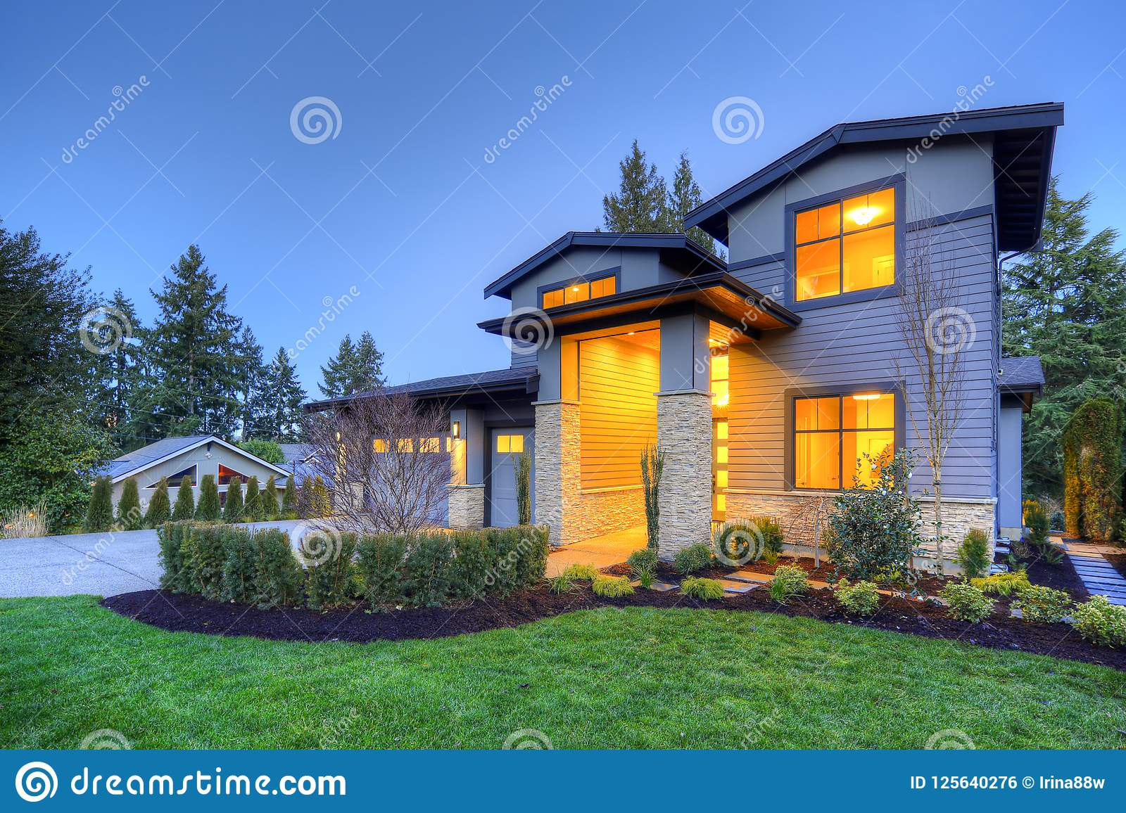 Grey Luxury Modern Two Story Tall House Exterior With Stone Columns Stock Photo Image Of Front Spring 125640276