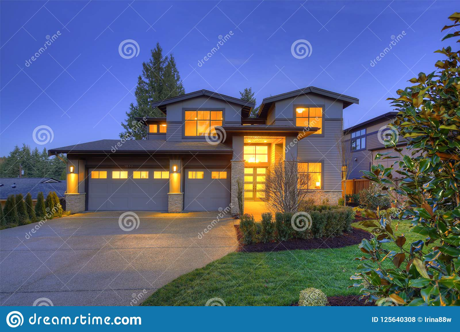 Grey Luxury Modern Two Story Tall House Exterior With Stone Columns Stock Photo Image Of Garage Large 125640308
