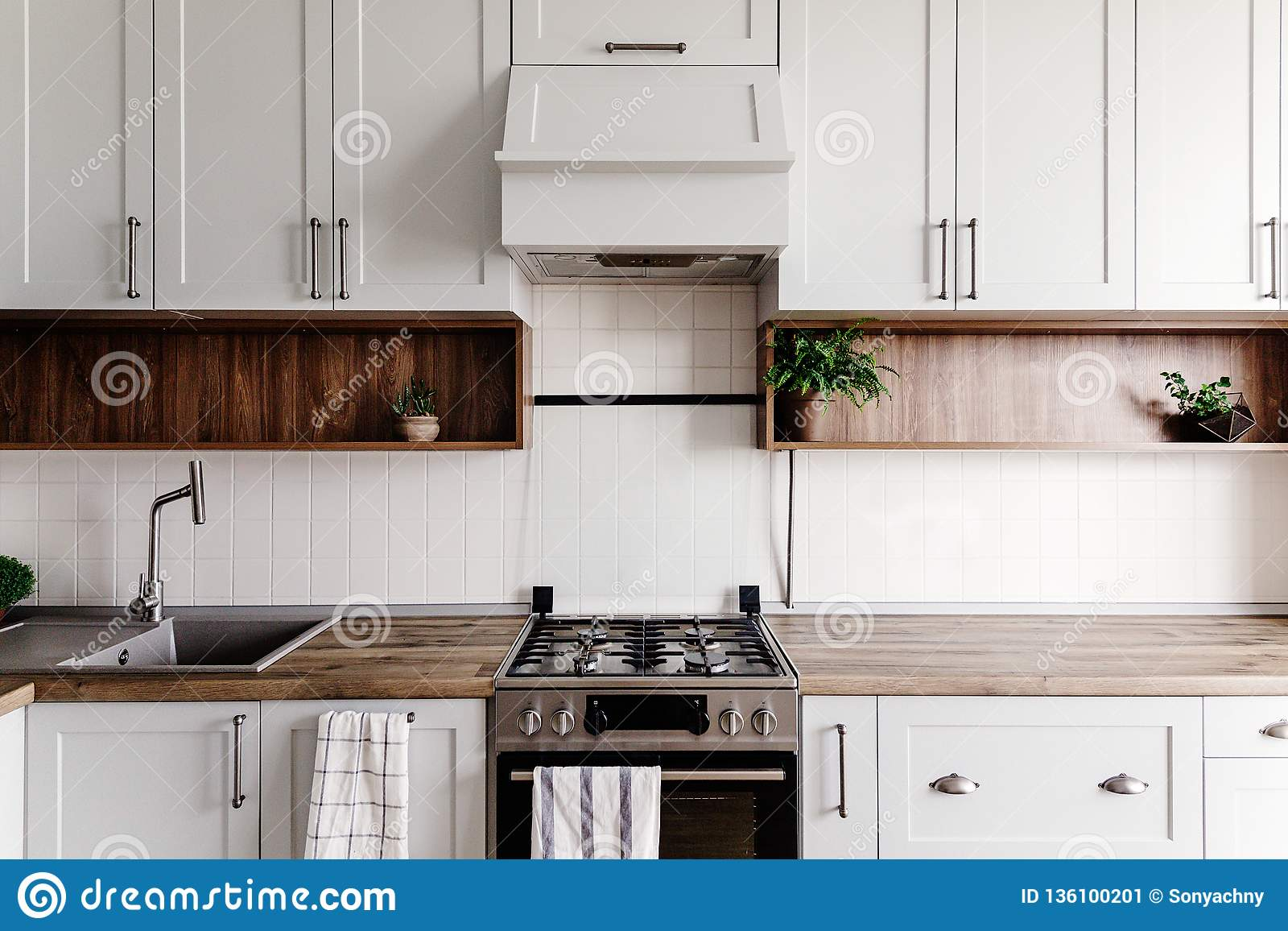 Luxury Modern Kitchen Furniture In Grey Color And Steel Oven Sink