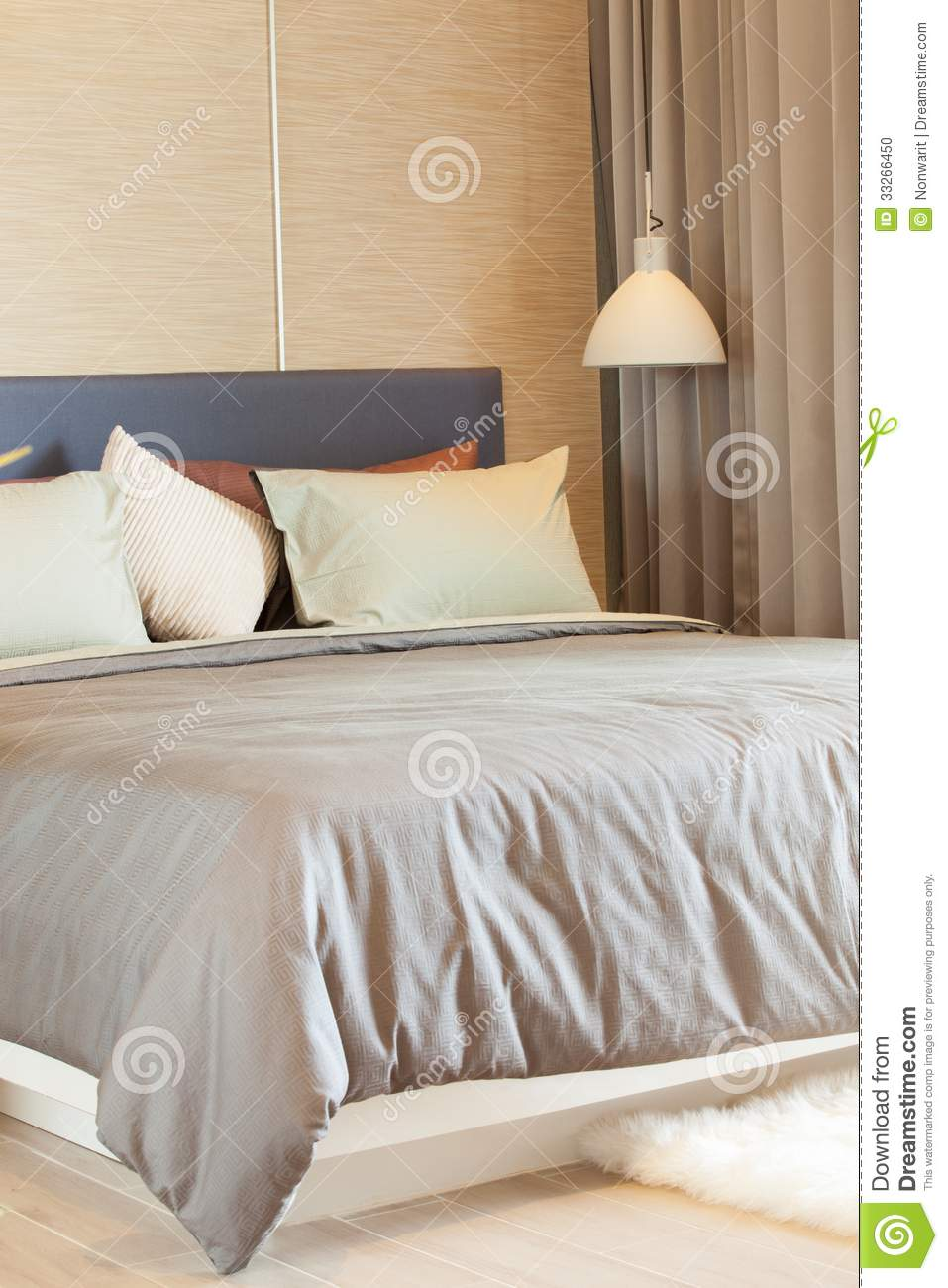 Modern Bedroom Pillows : Luxury Modern Style Bedroom Stock Photo - Image: 33266450