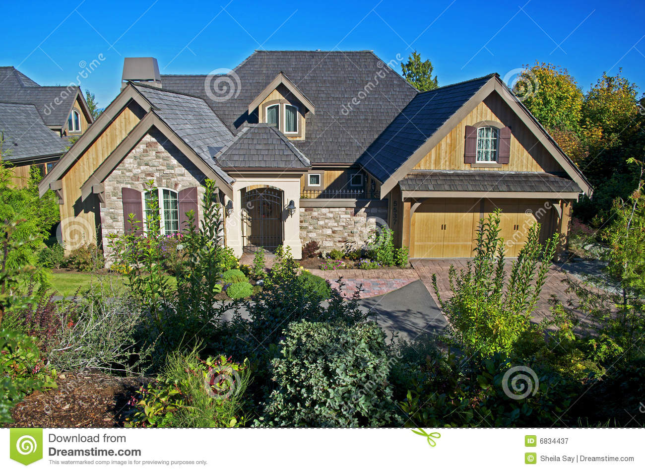 Luxury New Residential Home Royalty Free Stock Photography