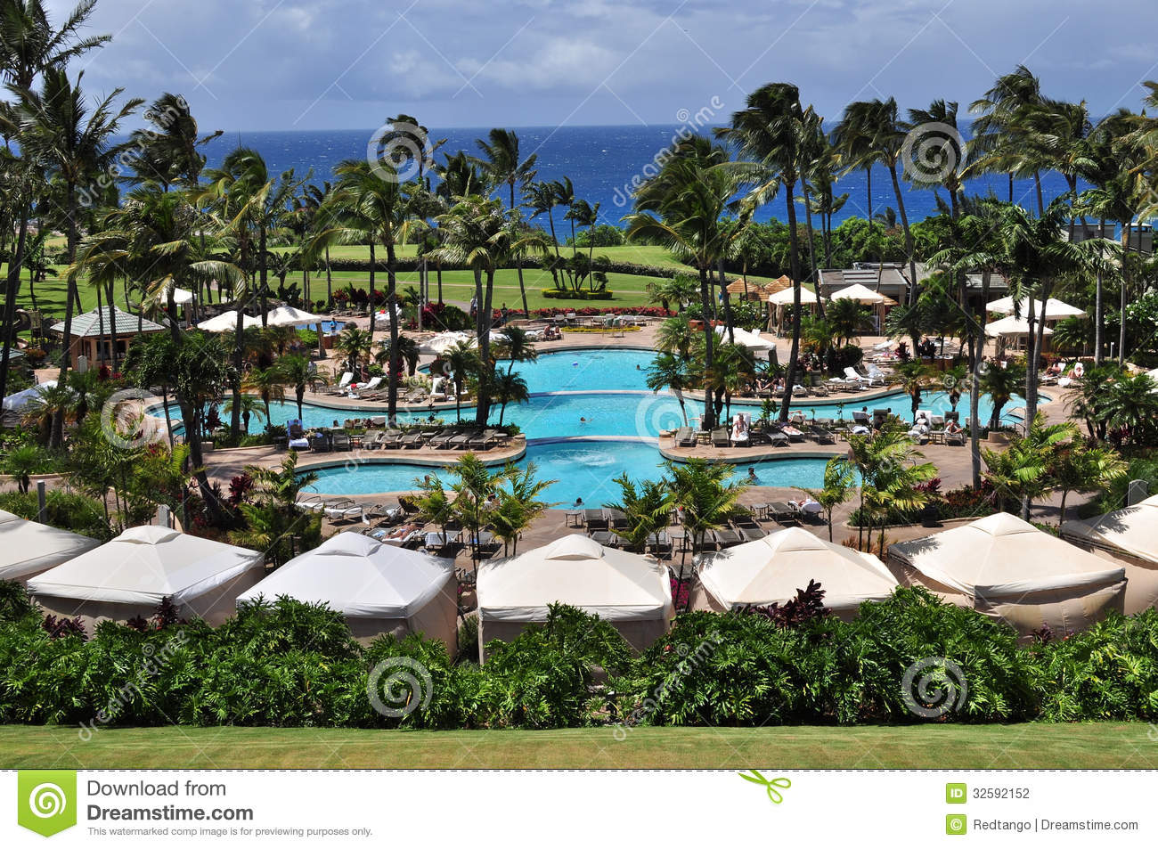 Luxury pool stock photography image 32592152 for Nicest hotels in maui