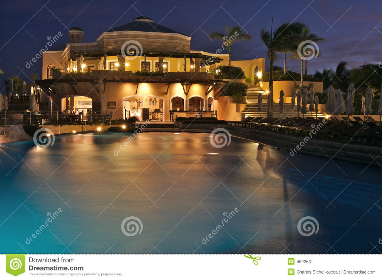luxury-resort-night-4622531.jpg