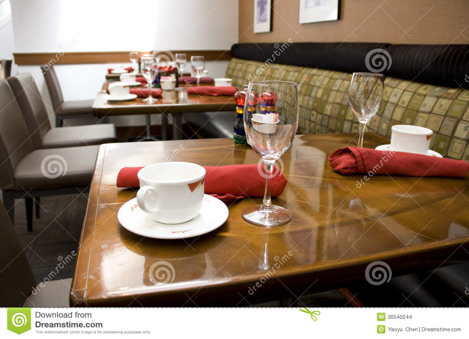 Fancy restaurant table setting - Hotel Luxury Nice Restaurant Table
