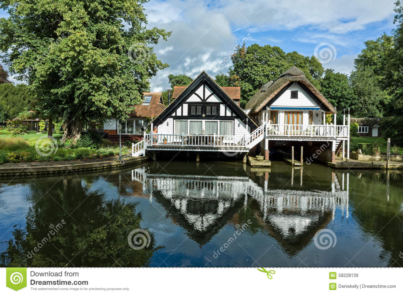 Luxury Riverside Houses In England Stock Photo Image