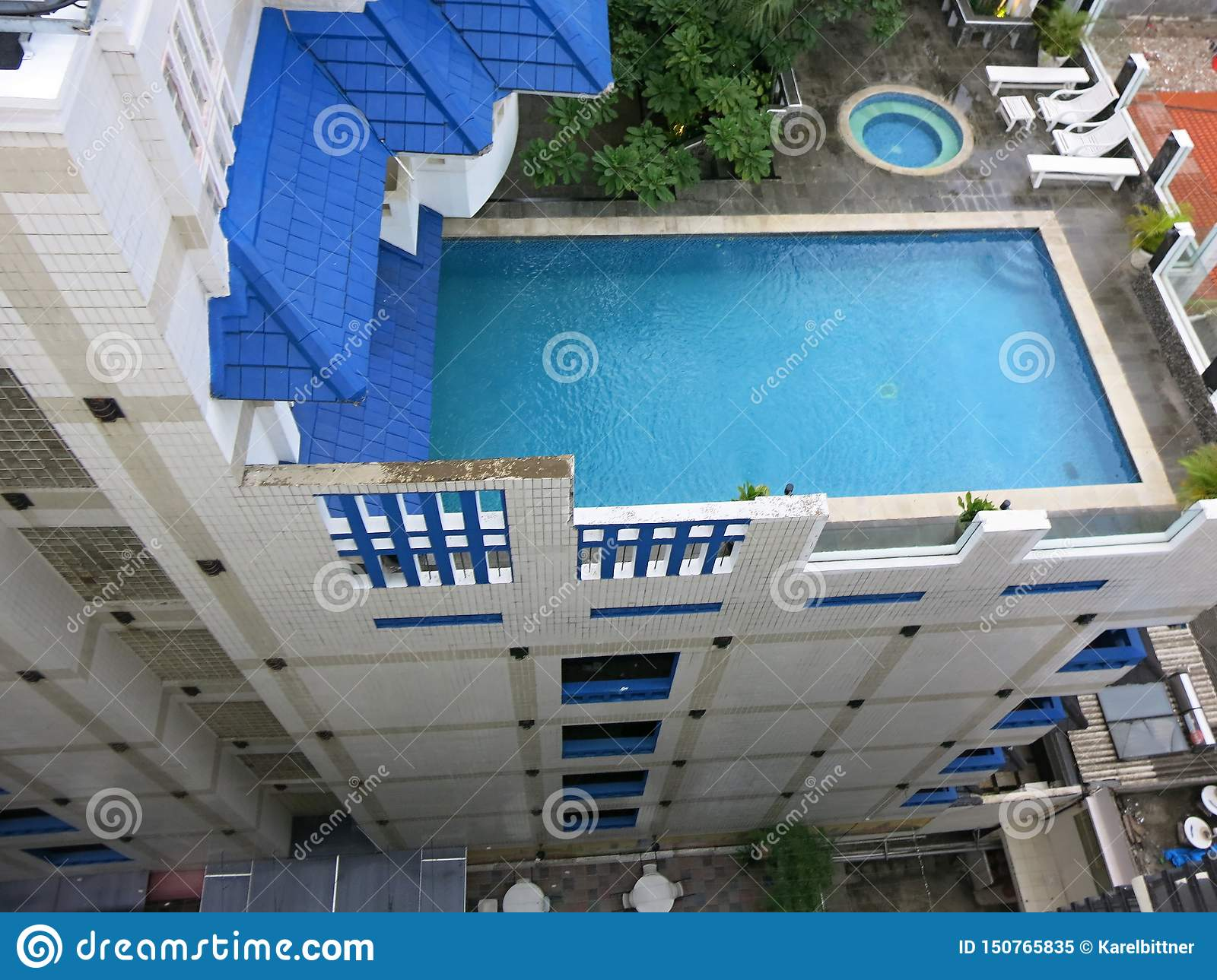 Luxury Rooftop Pool Swimming Pool On The Roof Of The Hotel Stock Image Image Of Park Pools 150765835