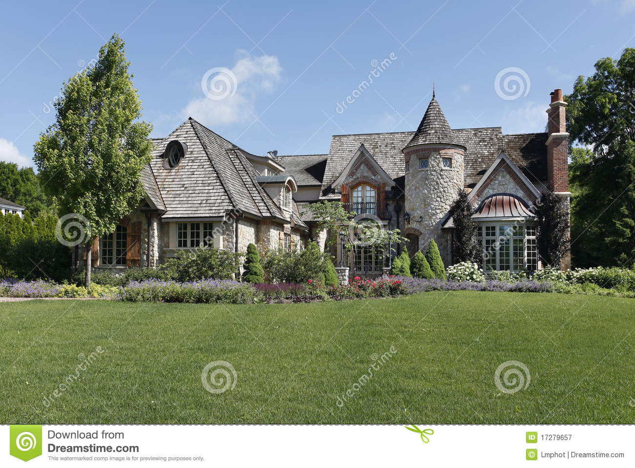 Luxury stone home with turret stock image image 17279657 for Case con torrette