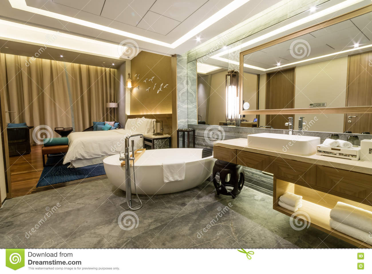 Luxury Suite 5 Star Bedroom And Ensuite Bathroom Stock Image Image 80616949