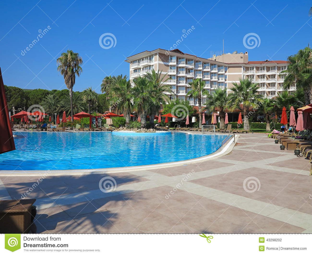 Luxury Hotel Swimming Pool With Palms Stock Photo 72615942